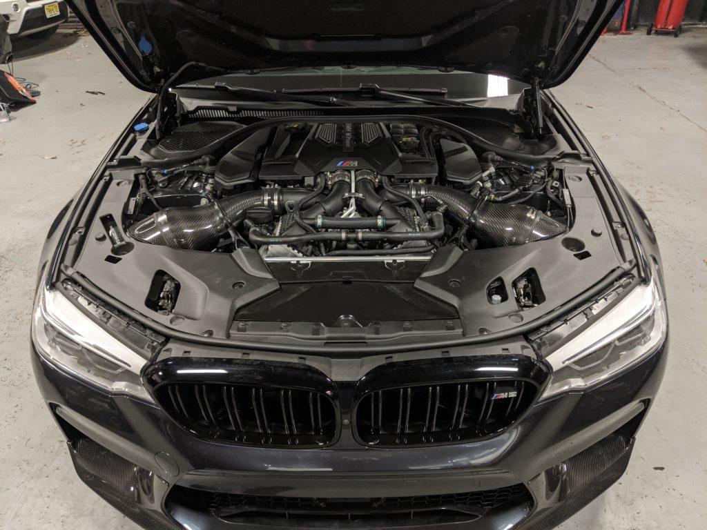 BMW M5 Engine Bay